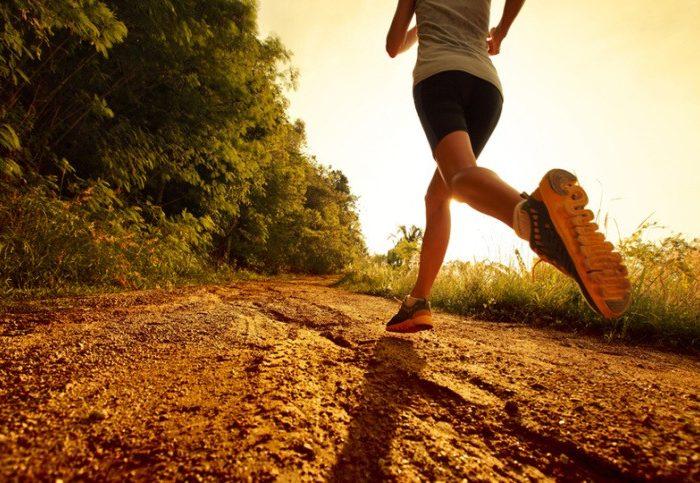 coureur trail